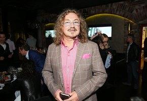 Вы уже видели Игоря Николаева без усов? Нереальный красавец! (архивное фото)