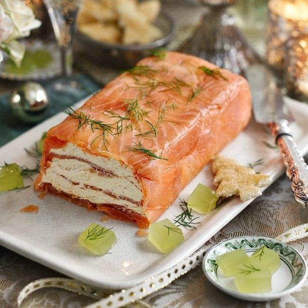 Праздничная закуска с красной рыбой - великолепный террин!