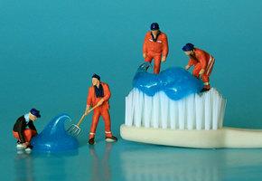 14 необычных способов применения зубной пасты