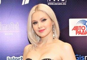 «Прическа класс»: певица Натали отрезала и покрасила волосы (фото)