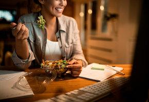 Сколько калорий вам нужно, если теперь вы работаете из дома?