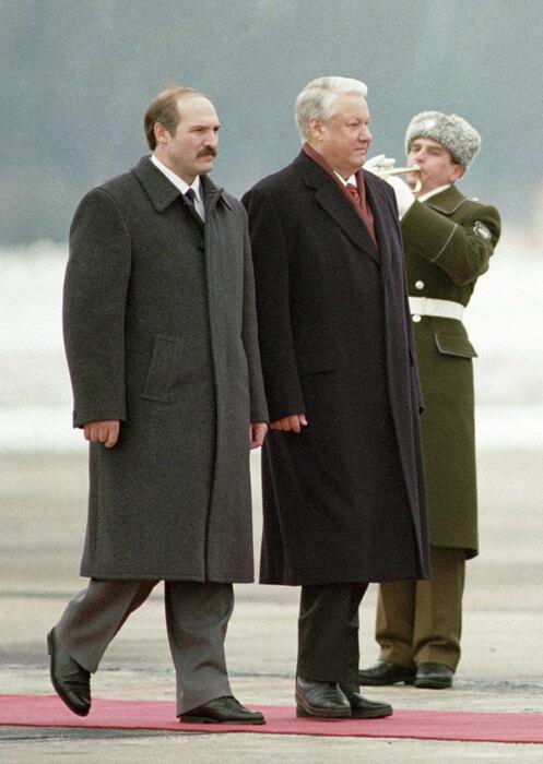 Александр Лукашенко иБорис Ельцин