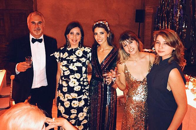 Семейная идиллия: Валерий Меладзе воссоединился сбывшей женой