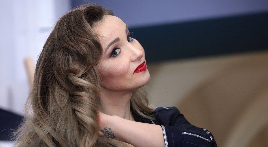 «Сжалилась иотпустила»: Анфиса Чехова рассказала опричине развода смужем