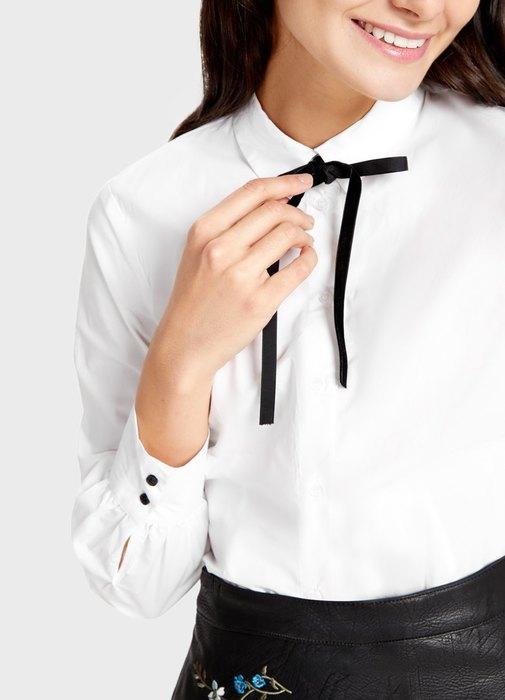 Рубашка смаленьким черным бантом подгорлом, Ostin, 1399 руб.