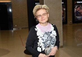 Елена Малышева рассказала, что снизит эффективность вакцины от ковид-19