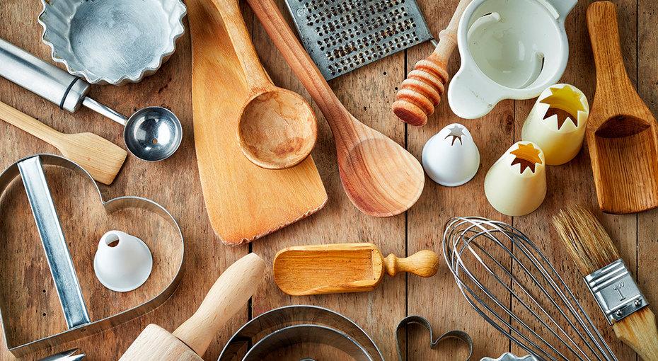Тёрка иеще 8 кухонных принадлежностей, укоторых есть срок годности