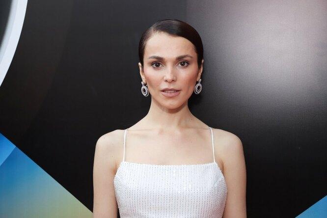 «Вы стали похожи»: Сати Казанова выложила фото смужем