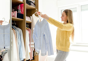 4 полезных лайфхака, как навести порядок в шкафу
