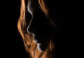 Девушку лечили от несуществующей болезни психиатры, а теперь она – модель