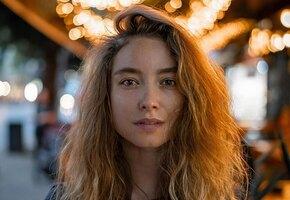 «Ты сводишь с ума!» 33-летняя Юлия Маргулис поделилась постельным фото