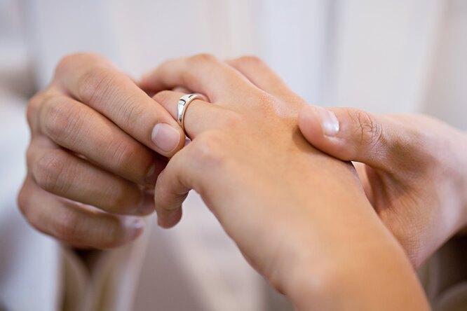 Девушка согласилась выйти замуж запарня, узнав оего болезни