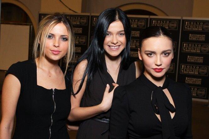 "Группа ""Серебро"": Анастасия Карпова, Елена Темникова и Ольга Серябкина"
