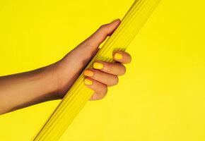 Самые красивые новые лаки для ногтей на весну-лето 2021
