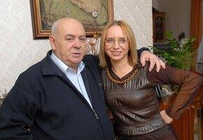 Как Анатолий Равикович жил зимой в вагончике без туалета и испугался покойницы