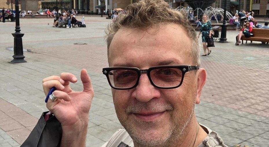 Рома Жуков хочет лишить бышую жену родительских прав