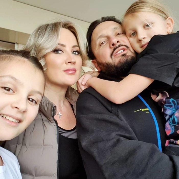 Стас Михайлов сженой имладшими дочерьми