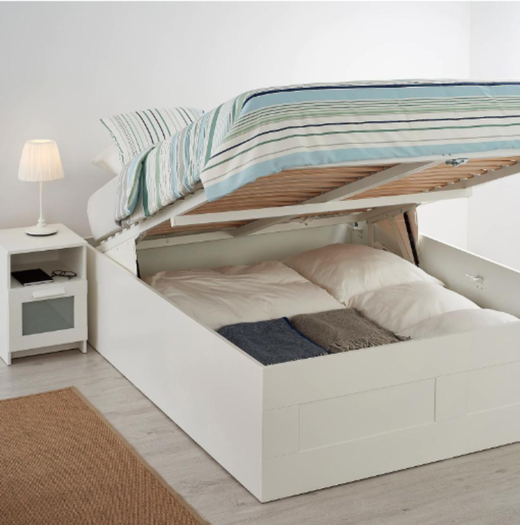 Кровать Бримнэс, ИКЕА, 21 999 руб.