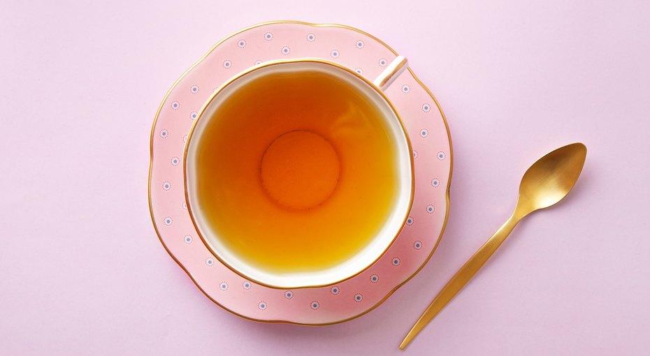 Немедленно выпить! Три варианта чая, который согревает, лечит ибодрит