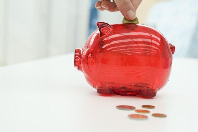 Девятилетний мальчик подарил маме кольцо, купленное насобственные сбережения