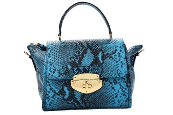 Звездный стиль: сумка из питона