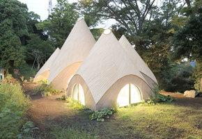 Почти как в сказке. Волшебный дом в лесу готов открыть двери каждому