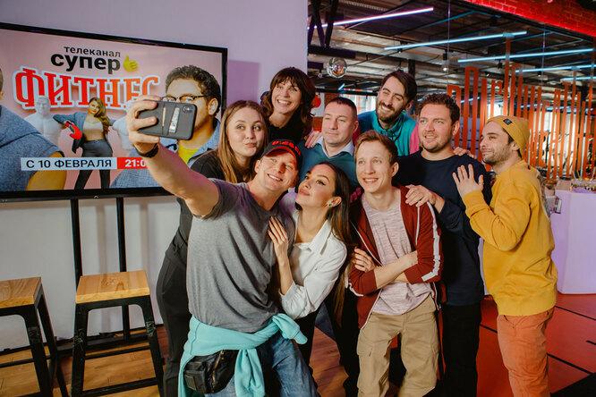 Телеканал «Супер» презентовал новый сезон сериала «Фитнес» вбоксерском клубе
