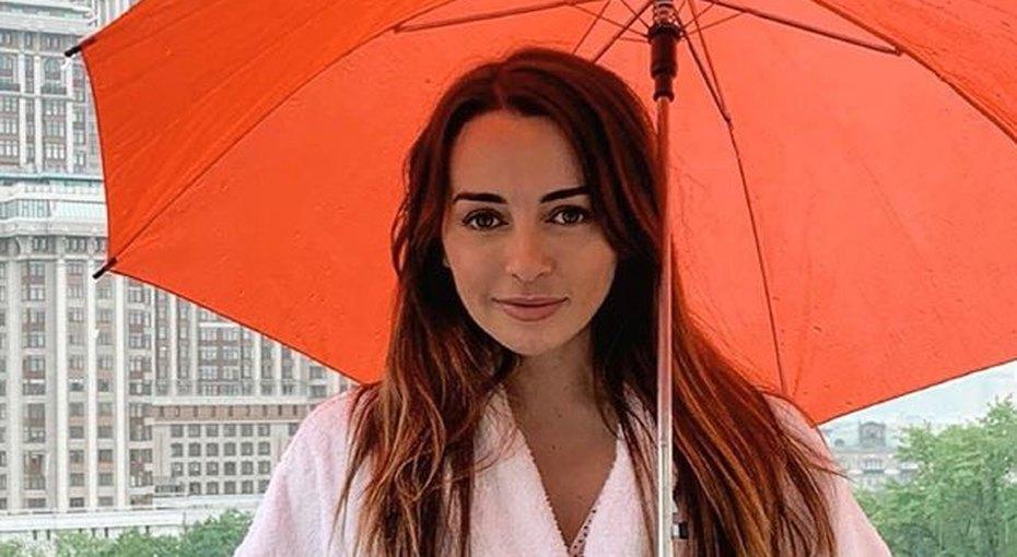 «Прямо как близняшки!» Звезда шоу «Даешь, молодежь!» Лика Каширина показала 26-летнюю сестру