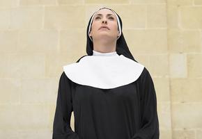 Как остановить старение: 55-летняя монахиня выглядит на 30 и делится секретами