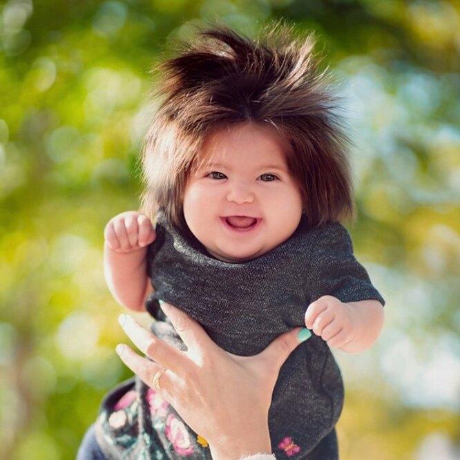 Эта девочка поразила мир своими густыми волосами