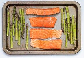 Как засолить красную рыбу быстро и просто?