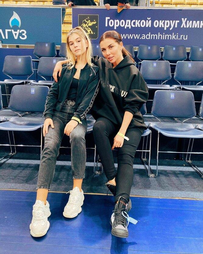 Анна Седокова, Алина Белькевич