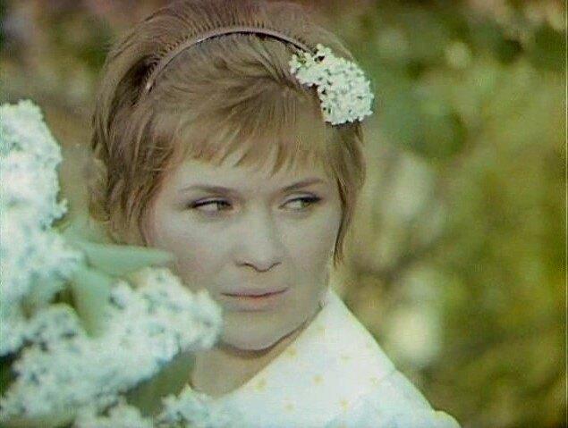 Тени исчезают в полдень (1971, 1973)