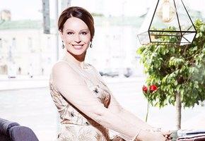 «Сильная духом и нежная телом»: 55-летняя Ирина Безрукова рассказала о своем рационе для стройной фигуры