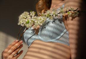 Красота внутри и снаружи: 10 классных лифчиков на среднюю грудь