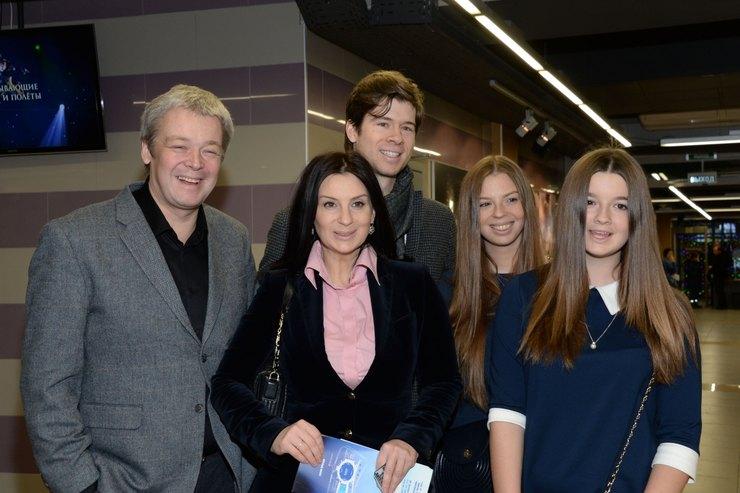 Екатерина Стриженова биография личная жизнь семья муж дети фото
