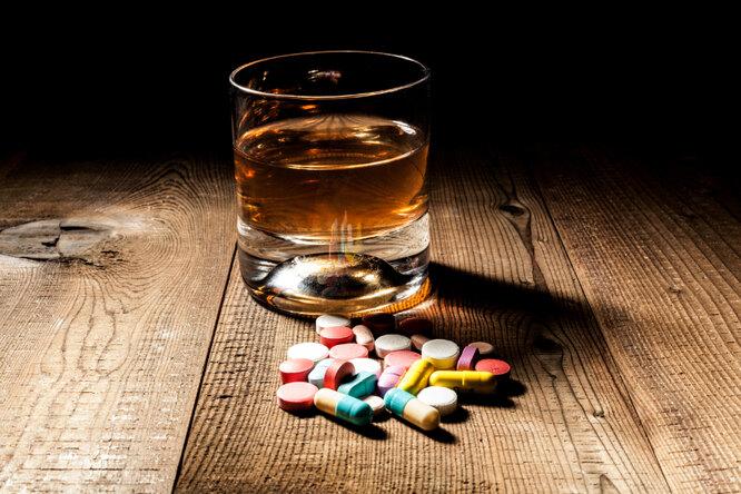 Результат взаимодействия алкоголя с лекарствами невозможно предугадать