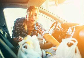 Вода, йогурт, очки и еще семь предметов, которые нельзя оставлять в машине