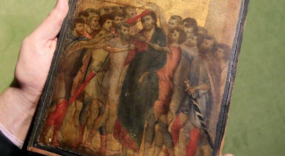 Француженка случайно обнаружила, что картина надее плитой стоит 6 миллионов долларов