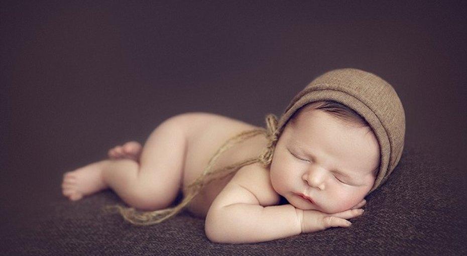 Фотопроект, посвященный спящим младенцам, покорил Сеть