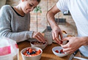 9 продуктов, которые диетологи едят каждый день — и нам бы не помешало