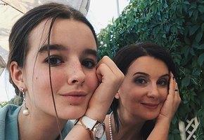 16-летняя Александра Стриженова примерила нежный образ голливудской дивы