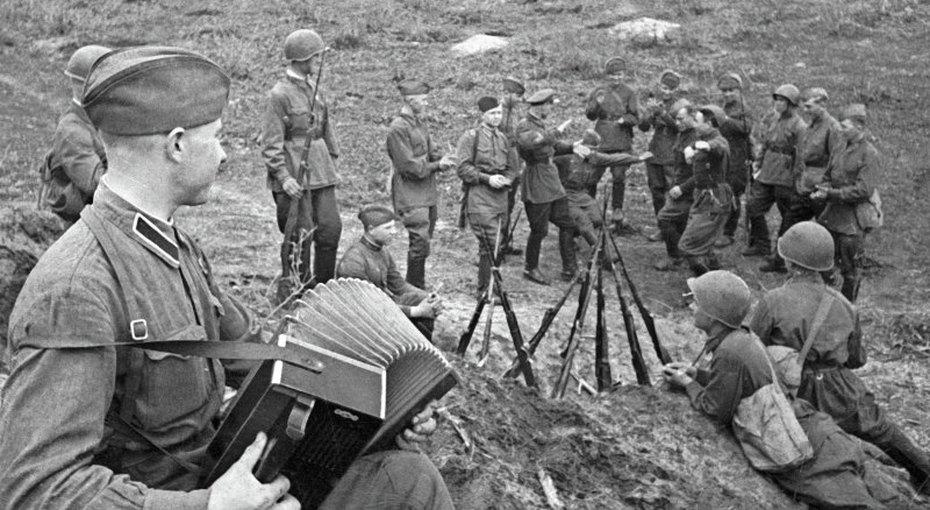 «Вставай, страна огромная!»: 5 главных песен Великой Отечественной, ставших утешением иоружием