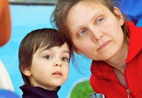 Просьба соседки присмотреть за ребенком изменила жизнь женщины