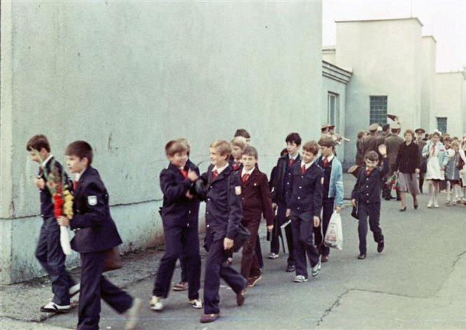 Советские школьники, 1985 год