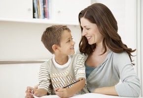 Ученые доказали: ребенок наследует интеллект отматери
