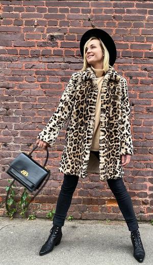Полина Гагарина в леопардовой шубке