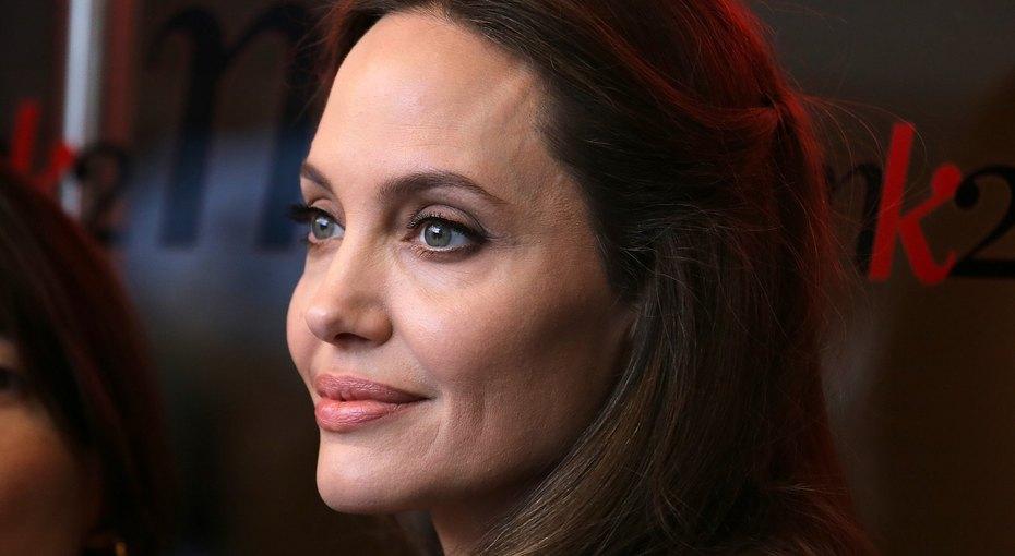 25 женщин, изменивших мир за25 лет: почему Анджелина Джоли втысячу раз больше, чем кинозвезда