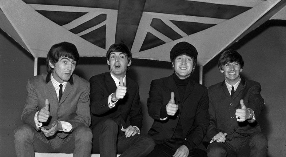 «Новые битлы»: сыновья  Джона Леннона иПола Маккартни показали совместный снимок