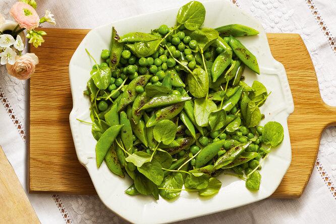 Рецепт салата с горошком и кремовым соусом